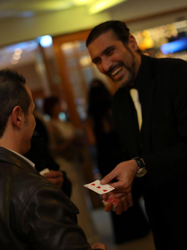 Close Up Magic Malta Magician